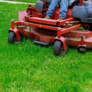 Professional Residential Lawn Mowing Company in Waukesha Wisconsin